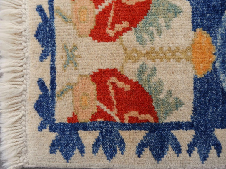 Turkish Azeri Heriz Rug with Tulip Design Hand Knotted For Sale 1