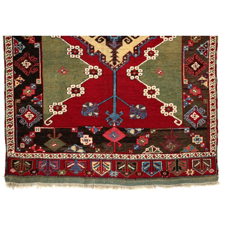 Hand-Knotted Turkish Kirsehir Carpet circa 1920 in Pure Handspun Wool and Vegetable Dyes For Sale