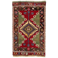 Turkish Kirsehir Carpet circa 1920 in Pure Handspun Wool and Vegetable Dyes