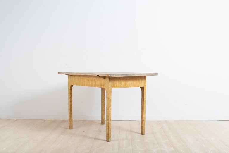 Turn of the Century 1800-1900 Swedish Provincial Gustavian Table In Good Condition For Sale In Kramfors, SE