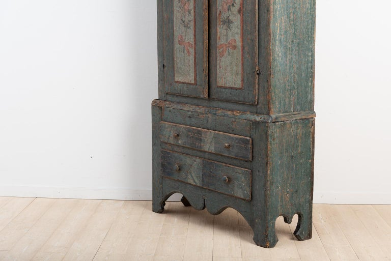 Turn of the Century 18th-19th Swedish Rococo Cabinet For Sale 1