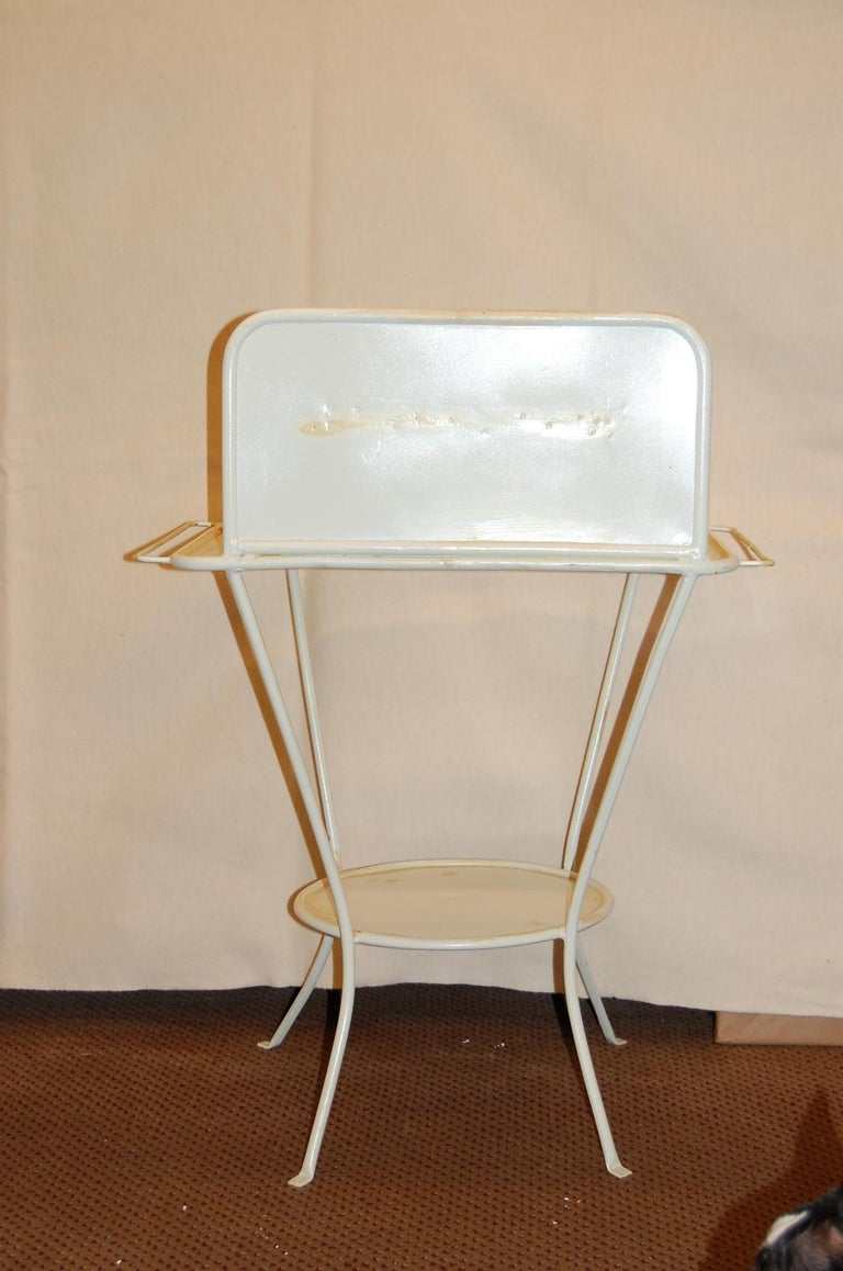 Turn of the Century French Metal Wash Stand, circa 1900 In Good Condition For Sale In Pittsburgh, PA