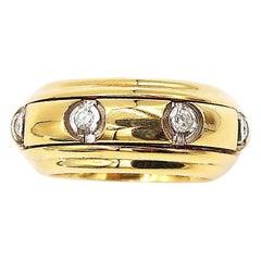 Turnable Diamond 18 Karat Yellow Gold Band Ring on Ring