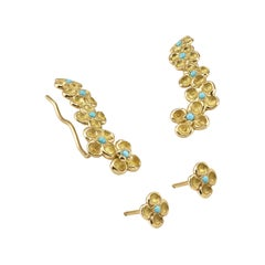 Turquoise 18 Karat Yellow Gold Stud Earrings