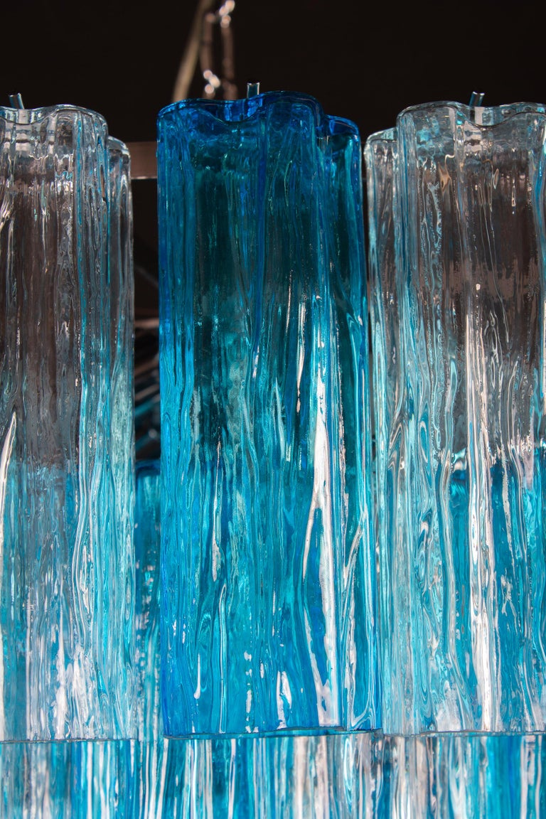 Contemporary Turquoise and Clear Murano Glass Tronchi Chandelier Ceiling Light For Sale