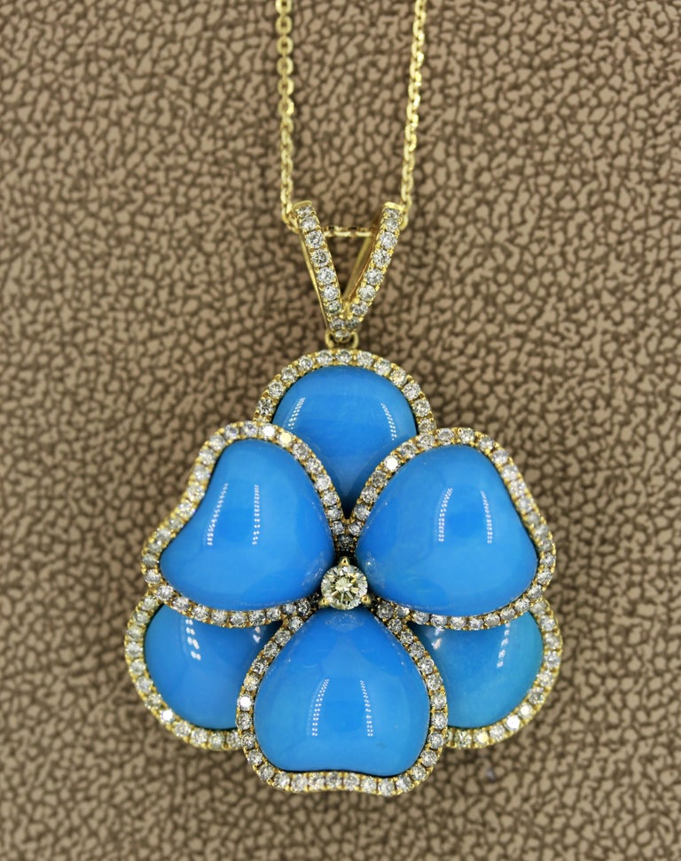 Turquoise Diamond Gold Flower Pendant Necklace In New Condition For Sale In Beverly Hills, CA