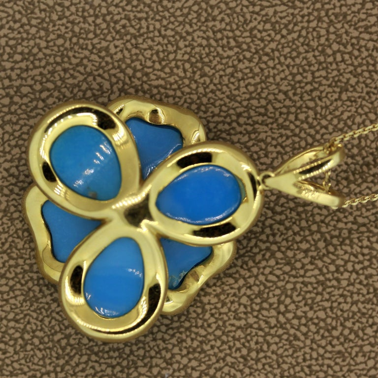 Women's Turquoise Diamond Gold Flower Pendant Necklace For Sale