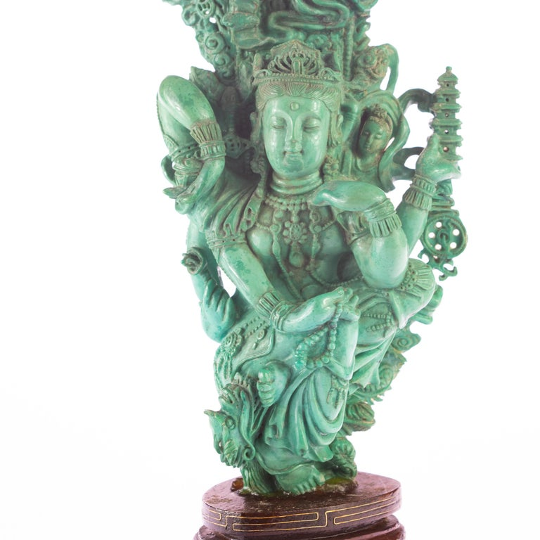 Turquoise Guanyin Bodhisattva Female Buddha Asian Art Carved Statue Sculpture In Excellent Condition For Sale In Milano, IT