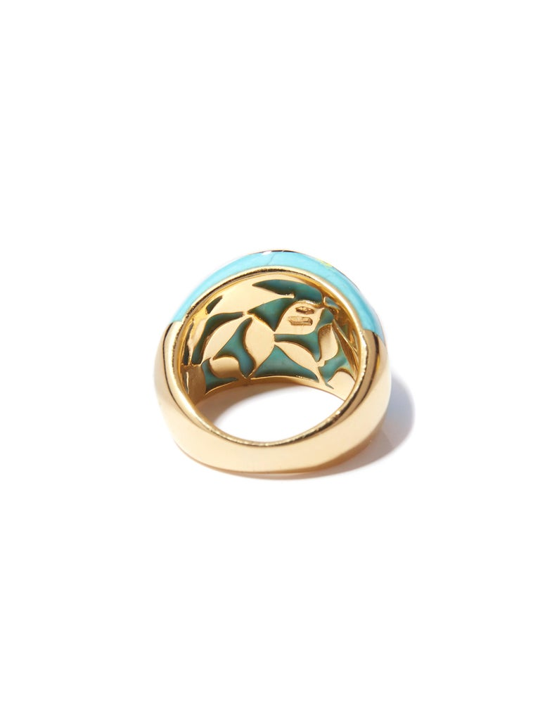 Turquoise Ring with Yellow Gold Inlay Set with Diamonds In New Condition For Sale In Amsterdam, NL