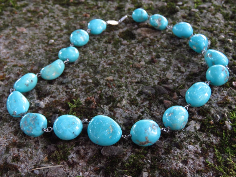 Contemporary Turquoise White Gold Necklace Handcrafted in Italy by Botta Gioielli For Sale