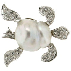 Turtle 18 Karat White Gold Diamonds Pearl Brooch