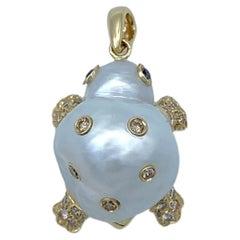 Turtle Brown Black Diamond 18 Karat Australian Pearl Gold Pendant/Necklace