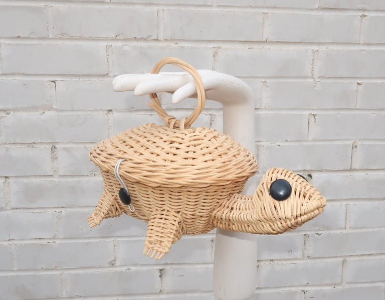 Turtle Wicker Basket Novelty Handbag, 1960's For Sale 8