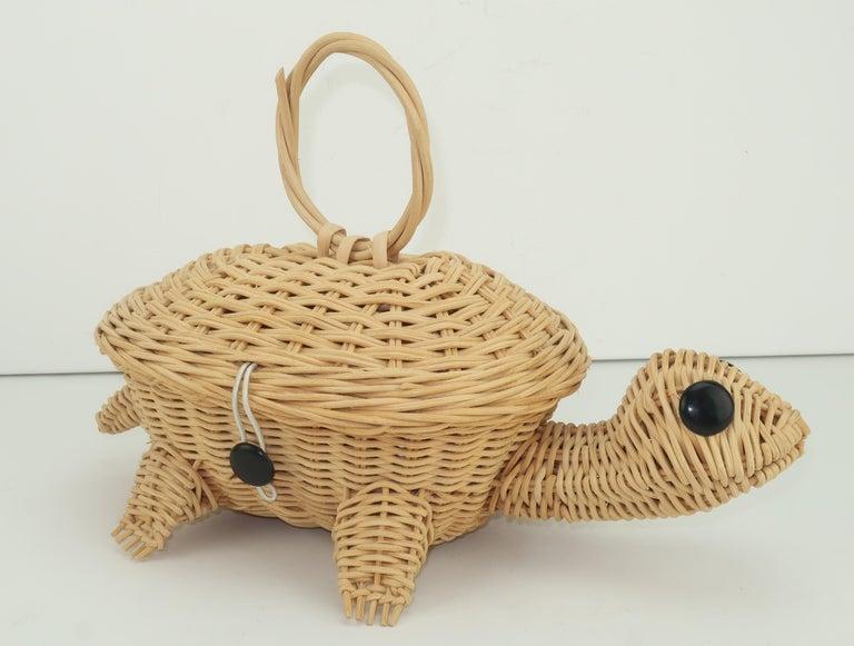 Women's Turtle Wicker Basket Novelty Handbag, 1960's For Sale