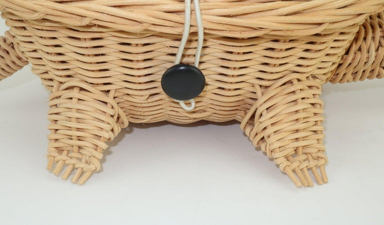 Turtle Wicker Basket Novelty Handbag, 1960's For Sale 3