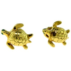 Turtle with Emerald Eyes, Signed 18 Karat Yellow Gold Cufflinks