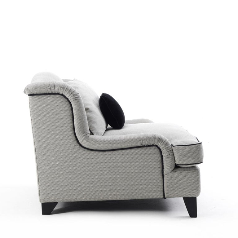 Tuscania Armchair In New Condition For Sale In Milan, IT