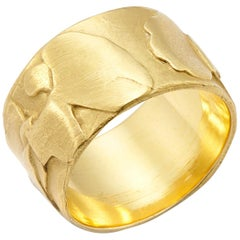 Tuscany Wide Band Ring in 18 Karat Gold