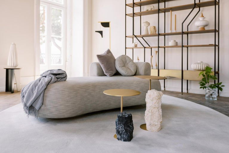 Wooden curved chaise lounge upholstered in beige woven cotton-linen blend fabric. Wooden base lacquered in satin light grey.  Twins chaise longue  FI099 light grey lacquer; satin finish M100401 beige woven cotton-linen blend fabric  Made in