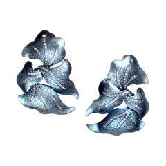Twisted Titanium Earrings with Diamonds