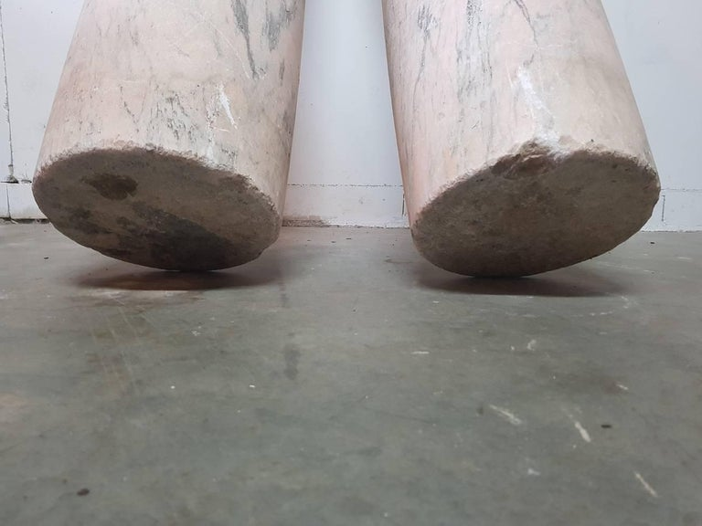 Two 18th Century French Pink Marble Columns/Pillars For Sale 1