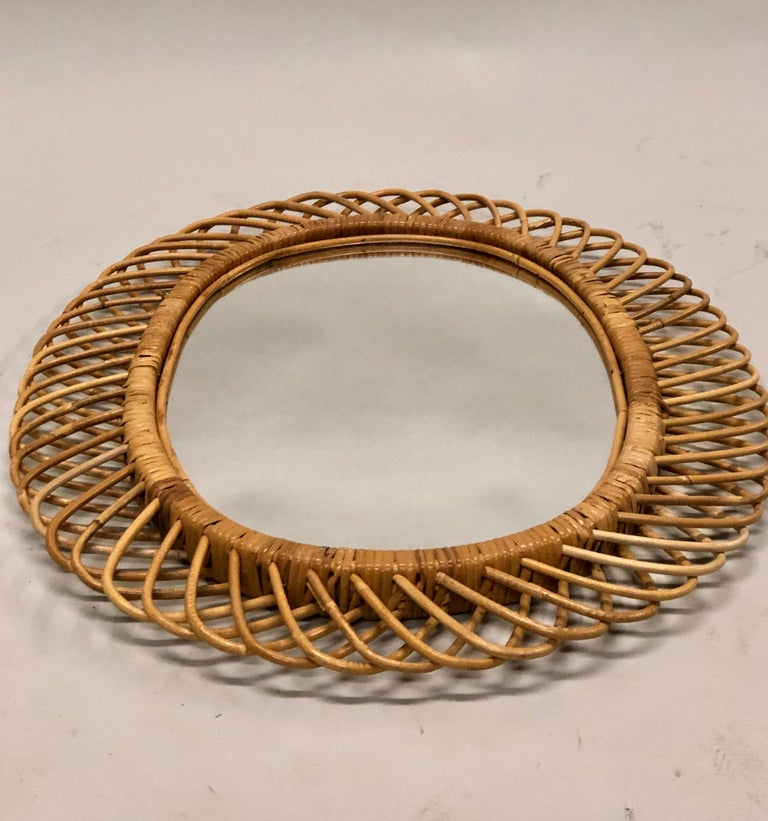 2 Italian Mid-Century Modern Rattan and Bamboo Wall Mirrors Attributed to Albini For Sale 6