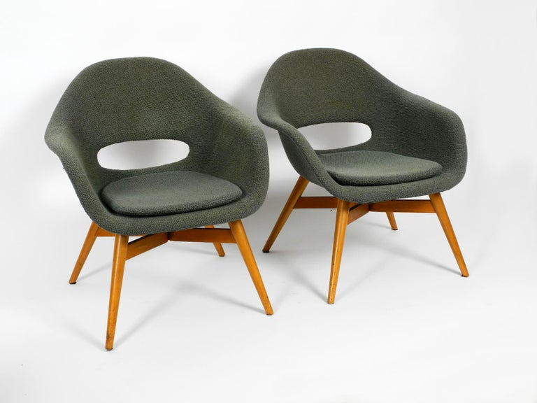 Two Lounge Chairs Miroslav Navratil with Fiberglass Shell and Original Cover For Sale 5