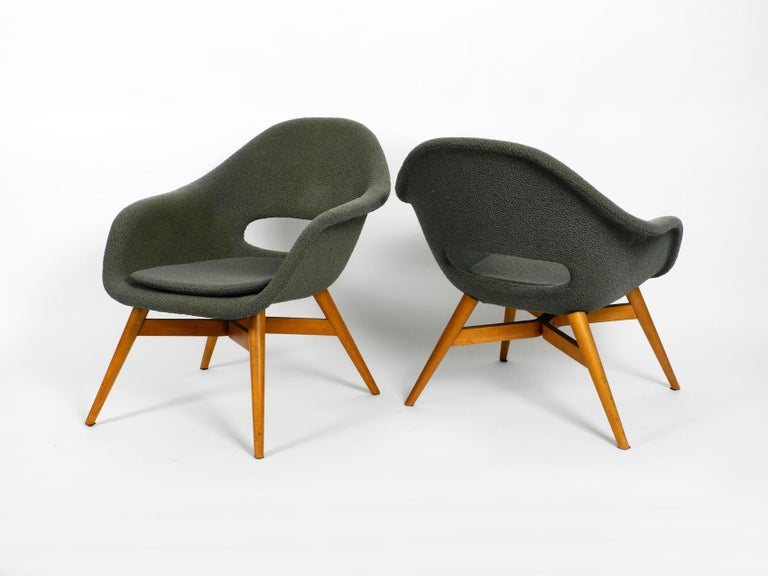 Two Lounge Chairs Miroslav Navratil with Fiberglass Shell and Original Cover For Sale 6