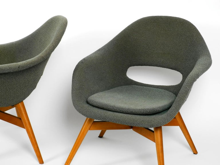 Two Lounge Chairs Miroslav Navratil with Fiberglass Shell and Original Cover For Sale 7