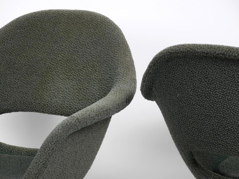 Two Lounge Chairs Miroslav Navratil with Fiberglass Shell and Original Cover For Sale 8