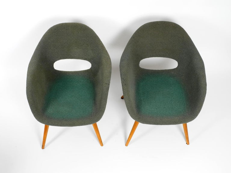 Two Lounge Chairs Miroslav Navratil with Fiberglass Shell and Original Cover For Sale 10