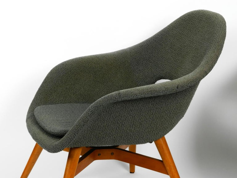 Two Lounge Chairs Miroslav Navratil with Fiberglass Shell and Original Cover For Sale 1