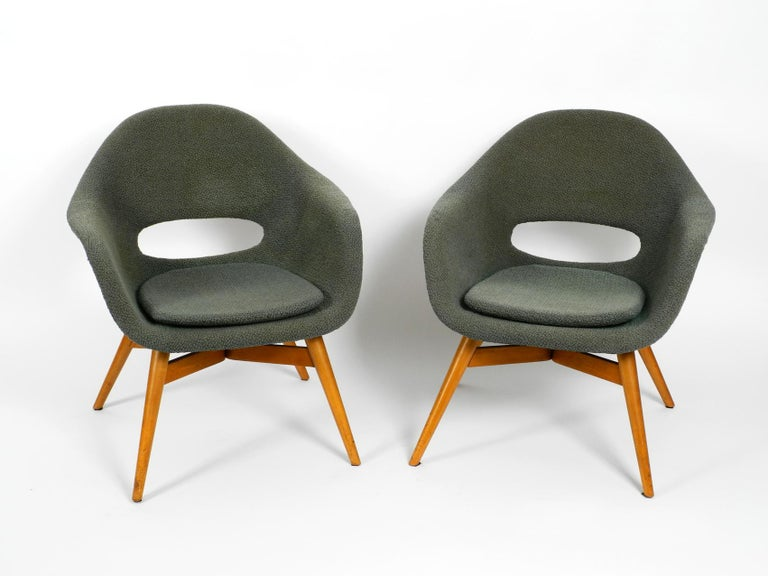 Two Lounge Chairs Miroslav Navratil with Fiberglass Shell and Original Cover For Sale 3