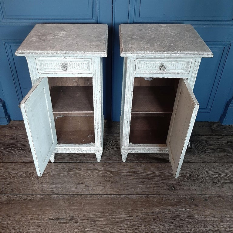 Two Antique French Directoir Cabinets or Nightstands, 19th Century In Good Condition For Sale In Baambrugge, NL