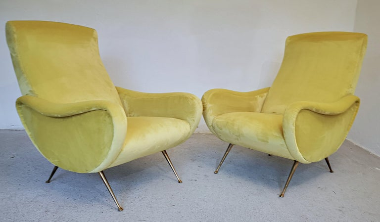 Two Armchairs Marco Zanuso Style, Fully Restored High Pile Canary Cotton Velvet For Sale 14