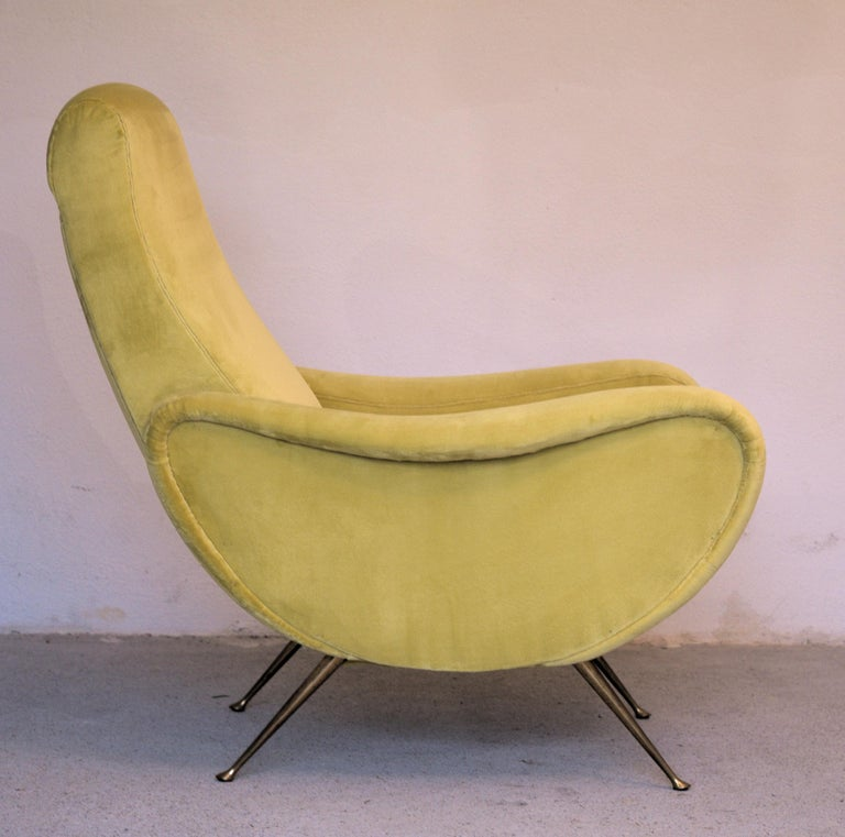 Two Armchairs Marco Zanuso Style, Fully Restored High Pile Canary Cotton Velvet In Good Condition For Sale In Tavarnelle val di Pesa, Florence