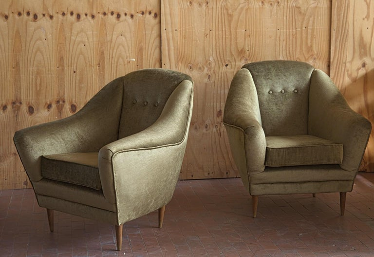 Two Armchairs, Midcentury Italian, Reupholstered Fully Padded, Cotton Velvet For Sale 5