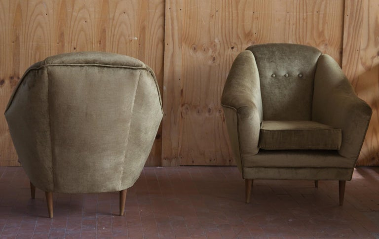 Two Armchairs, Midcentury Italian, Reupholstered Fully Padded, Cotton Velvet For Sale 8