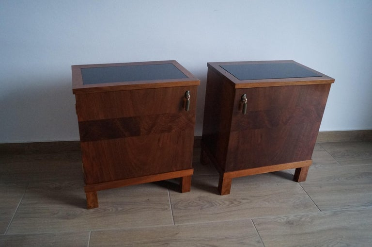 Two Art Deco Bedside Tables from 1950 For Sale 5