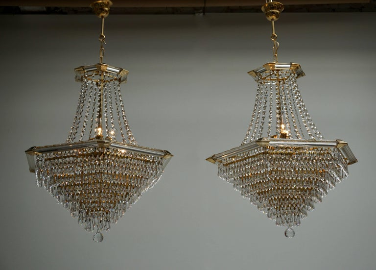 Two Bakalowits Chandeliers, Crystal Glass and Gilt Brass, Austria, 1960s For Sale 4