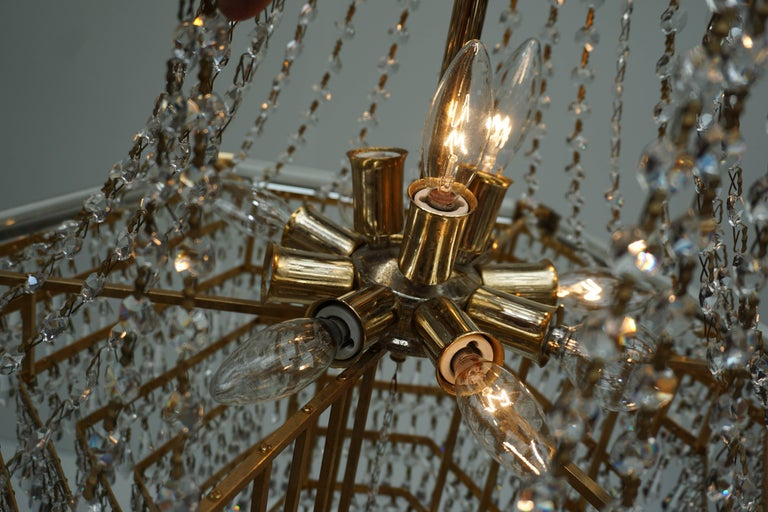 Two Bakalowits Chandeliers, Crystal Glass and Gilt Brass, Austria, 1960s For Sale 6