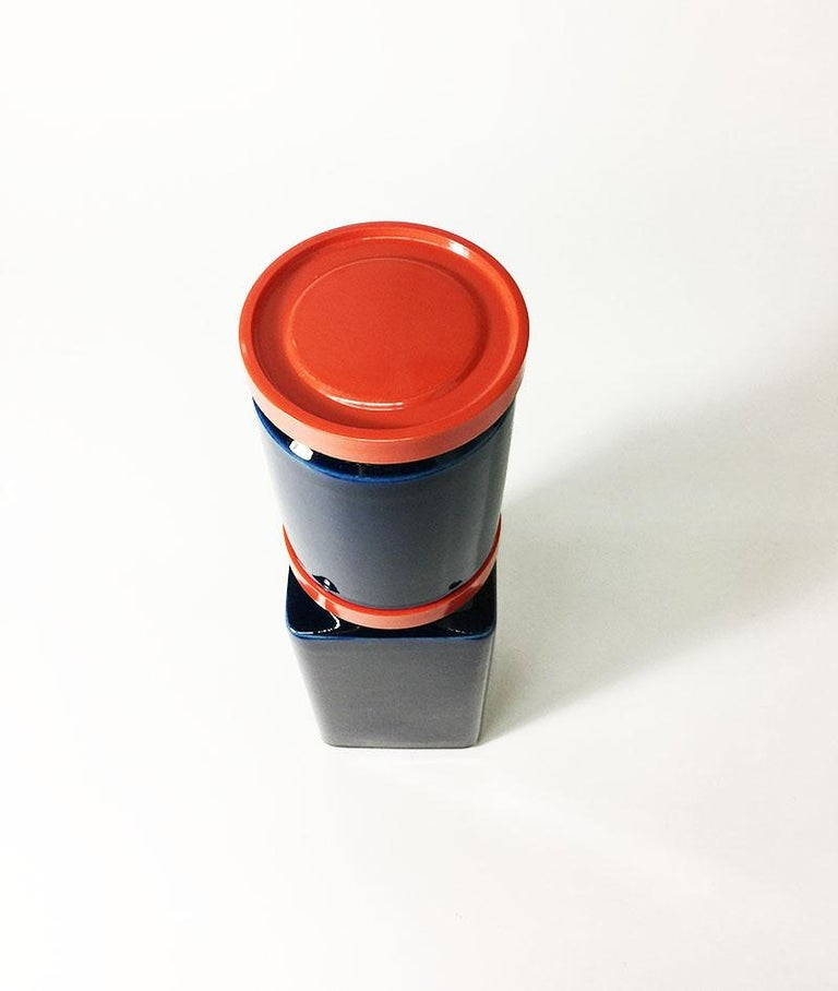 Two Blue and Red Arabia Finland Stock Jars, 1949-1954 For Sale 1