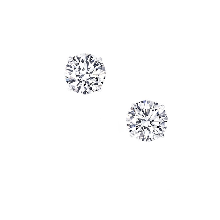 Two Carat Each Diamond Ear Studs Triple Excellent GIA in Platinum In New Condition For Sale In New York, NY