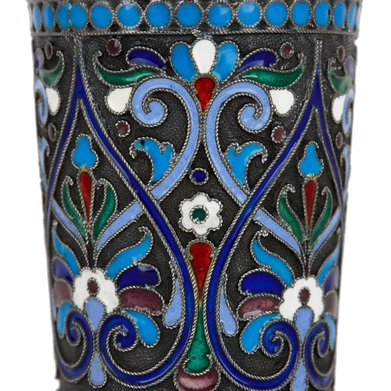 Two Cloisonné Enamel and Silver Russian Drinking Cups In Good Condition For Sale In London, GB