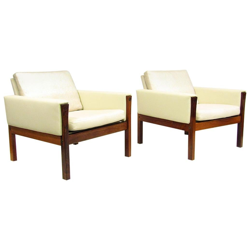 Two Danish Lounge Chairs in Rosewood & Leather by Hans Wegner, 1960s
