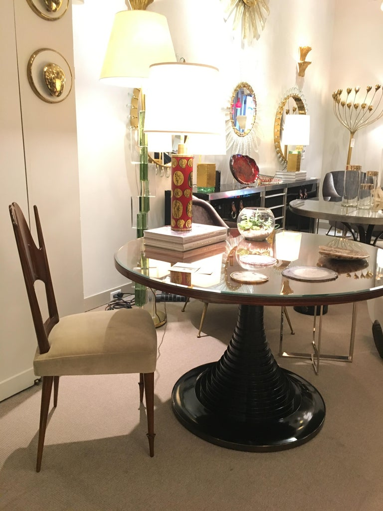 Two Dining Chairs, Italy, Art Moderne, circa 1946 In Good Condition For Sale In New York, NY