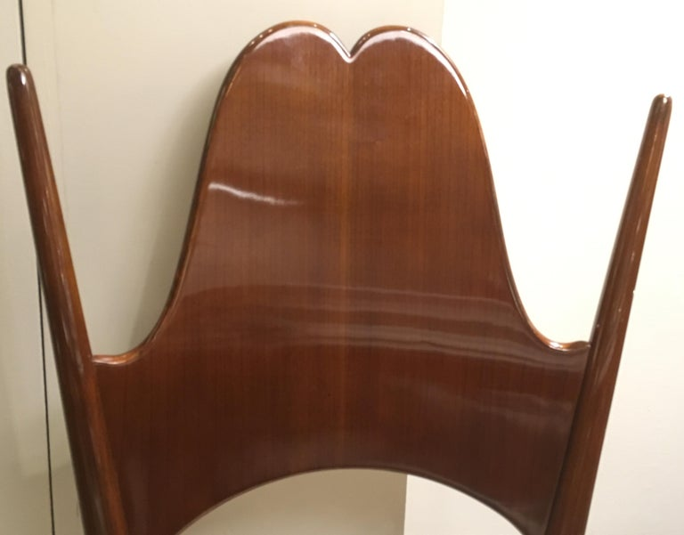 Two Dining Chairs, Italy, Art Moderne, circa 1946 For Sale 4