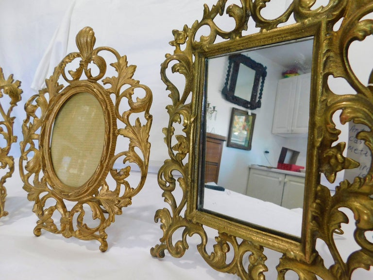 Two English 19th Century Gilt Bronze Antique Table Vanity Mirrors and Oval Frame In Good Condition For Sale In Hamilton, Ontario