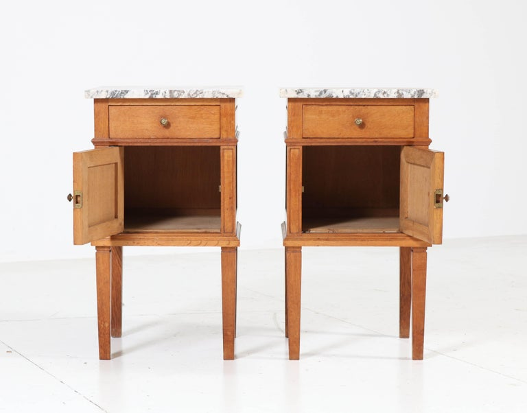 Two French Art Deco Nightstands or Bedside Tables, 1930s For Sale 1