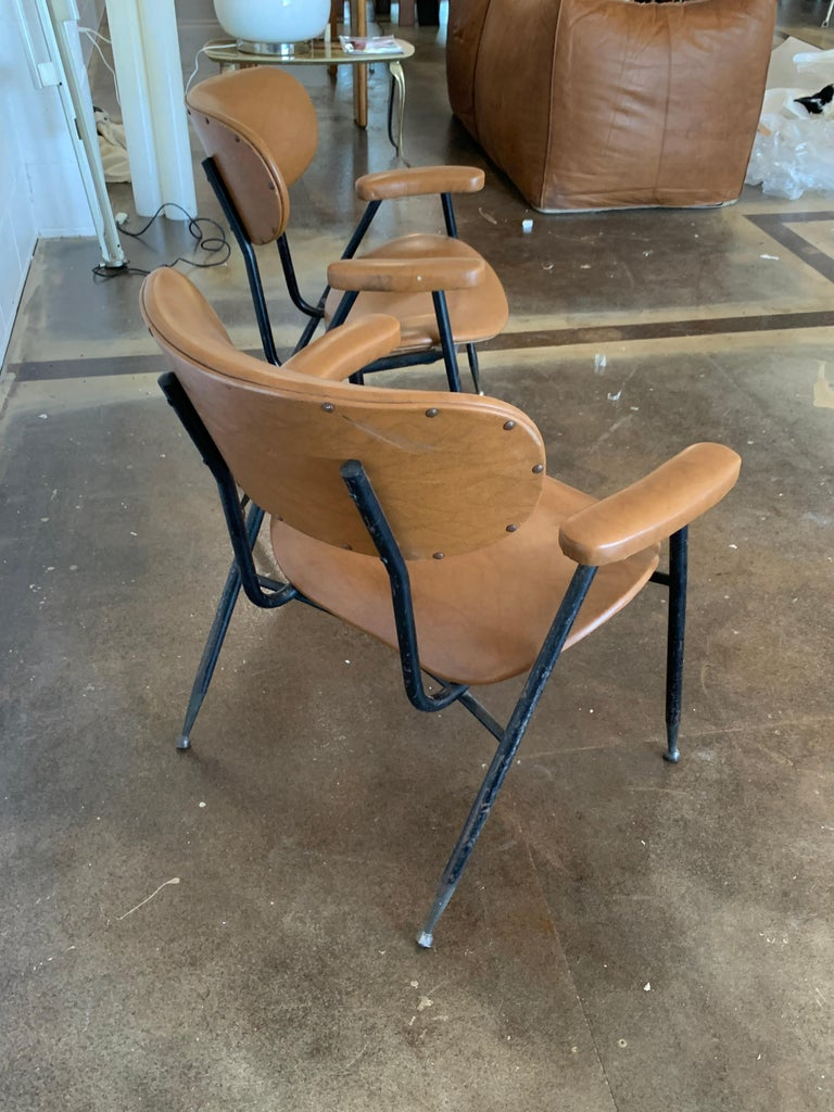 Two Italian Faux Leather Chairs by Gastone Rinaldi for RIMA 1960s  For Sale 5